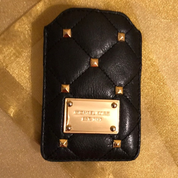 Michael kors accessories vintage business card holder poshmark michael kors vintage business card holder colourmoves